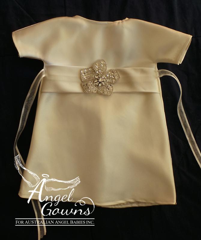 Angel Gowns for Australian Angel Babies Inc | cakeandenemy