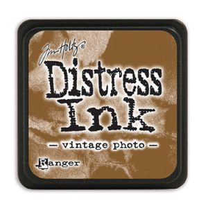 Find Distress Ink products in Australia at www.dawnlewis.com.au