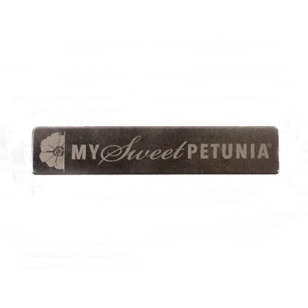 My Sweet Petunia, Misti Bar Magnet, Australia